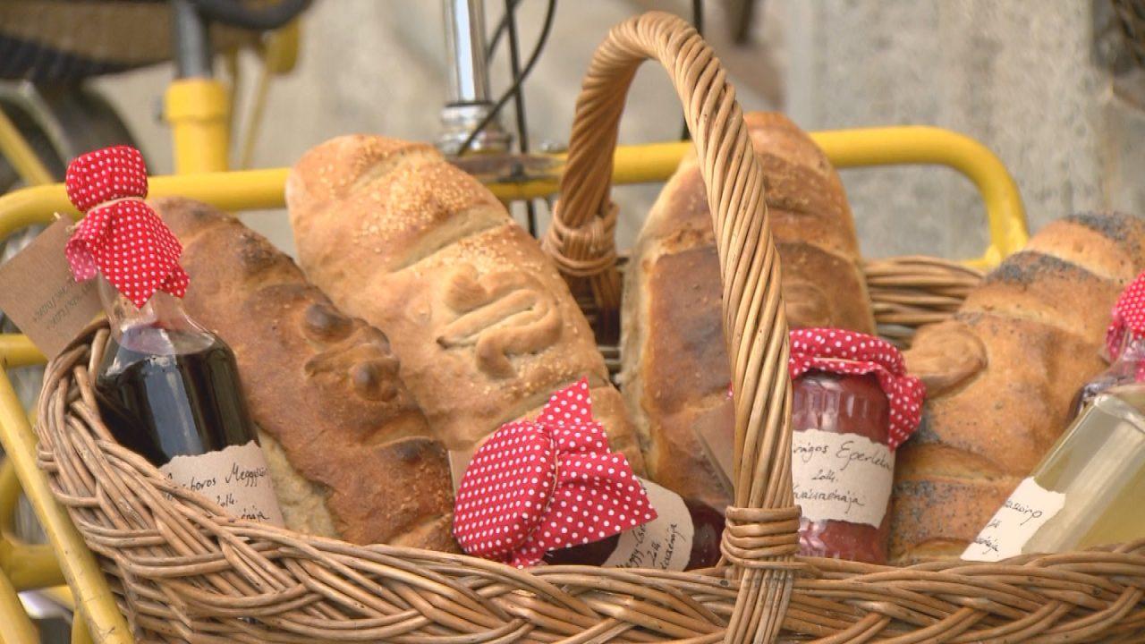 Tulipános kenyér