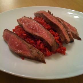 Marha steak, kecskesajtos burgonyás céklával