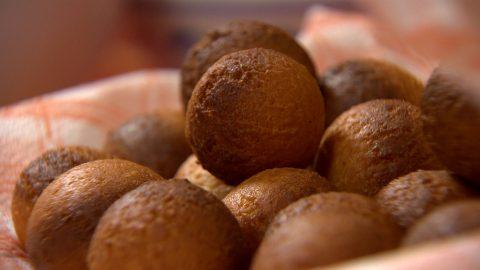 Gulab jamun fánkocskák