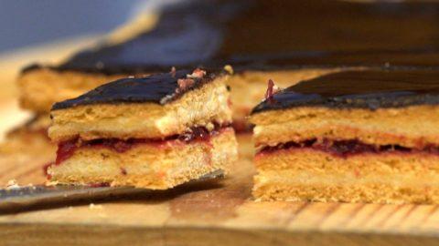 Puliszkakrémes sütemény (paradicsomos sütemény)